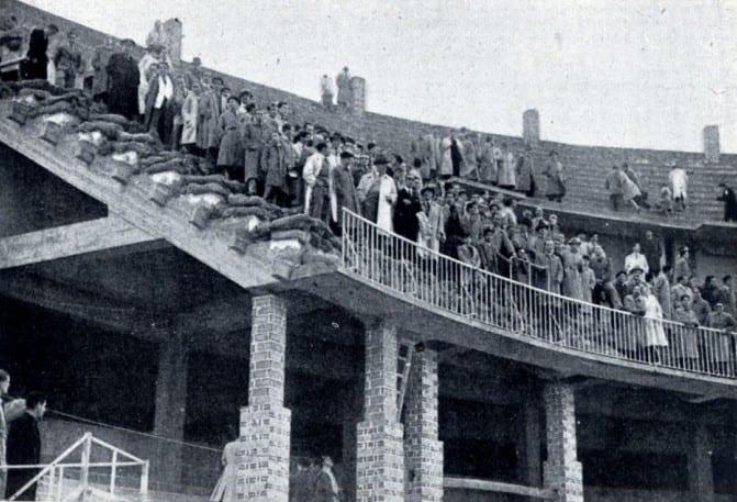 prueba-de-cargas-en-graderio-25-octubre-1947