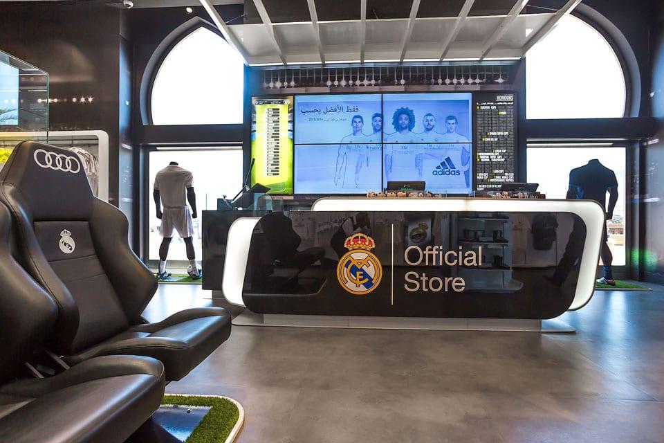 b5f40f70f7158 Esta nueva tienda Real Madrid se suma a las de reciente inauguración en  Palma de Mallora
